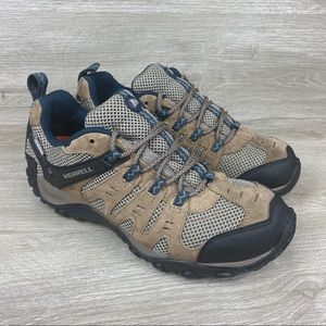 Merrell Accentor Low Waterproof Hiking Shoes 9